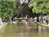 Tourism in Bourton-on-the-Water